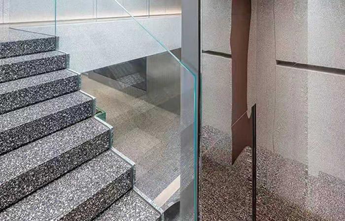 楼梯使用场景